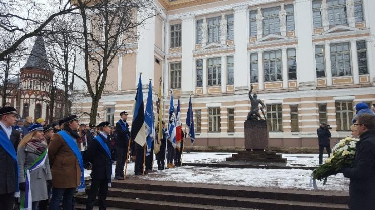 Kesklinna koolid tähistasid Tartu rahu aastapäeva