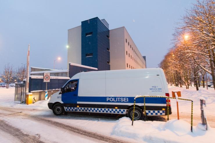 Politseinikud pidasid Narvas kinni kaks mõrvas kahtlustatavat meest