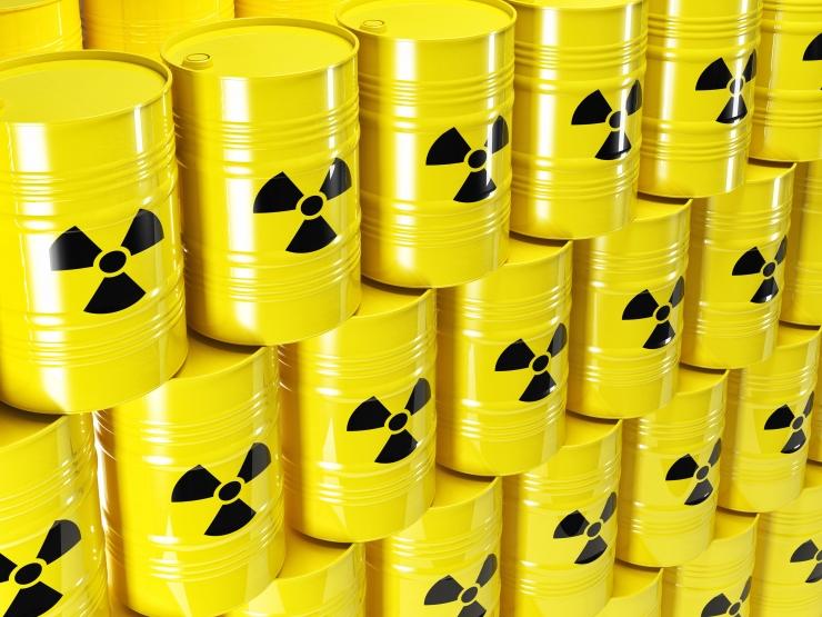 Vene toll pidas kinni radioaktiivse vanarauakoormaga veoki teel Lätti