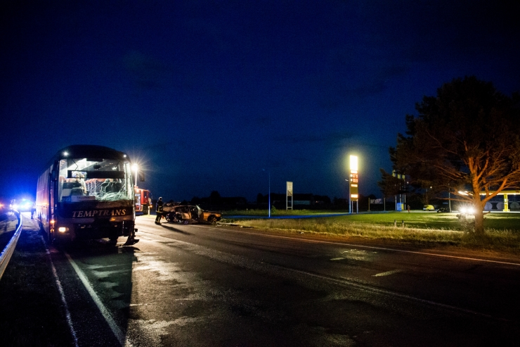 Ida-Virumaal kraavi sõitnud bussis jäid inimesed terveks
