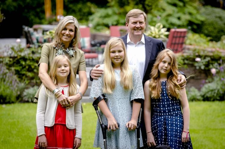 Holland arutab kuninga solvamist keelava seaduse tühistamist