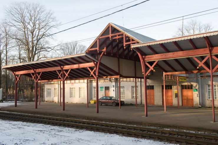 Nõmme linnaosa korrastab ajaloolisi jaamahooneid