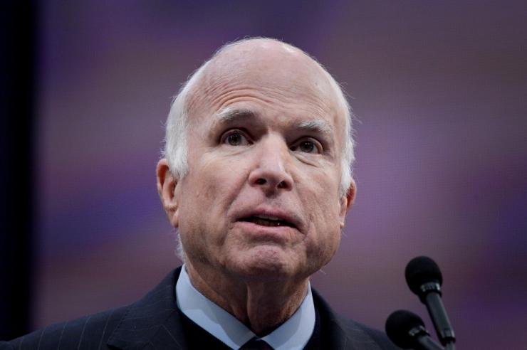 Senaator McCain soovitas lugeda Kaljulaidi artiklit