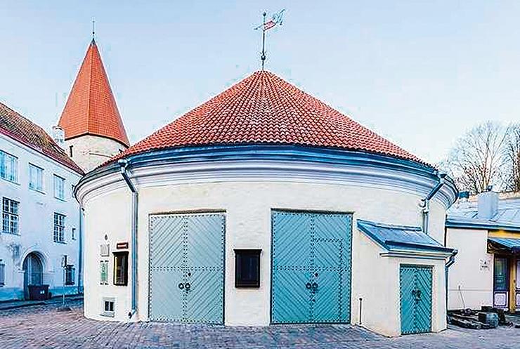 Hobuveskist sai moodsaima tehnikaga teatrilava Eestis