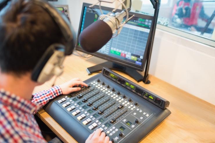 Rwanda raadiojaam sai naiste solvamise eest eetrikeelu