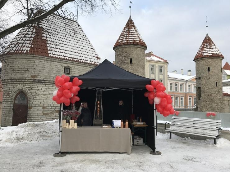Tallinna südames avati sõbrapäevaks pop-up lillepood