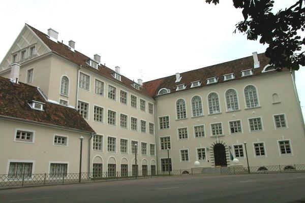 Ristiku Põhikool viib õpilased Eesti Wabariigi aega