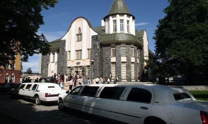 Tallinna Perekonnaseisuamet kutsub südamete pühapäevale