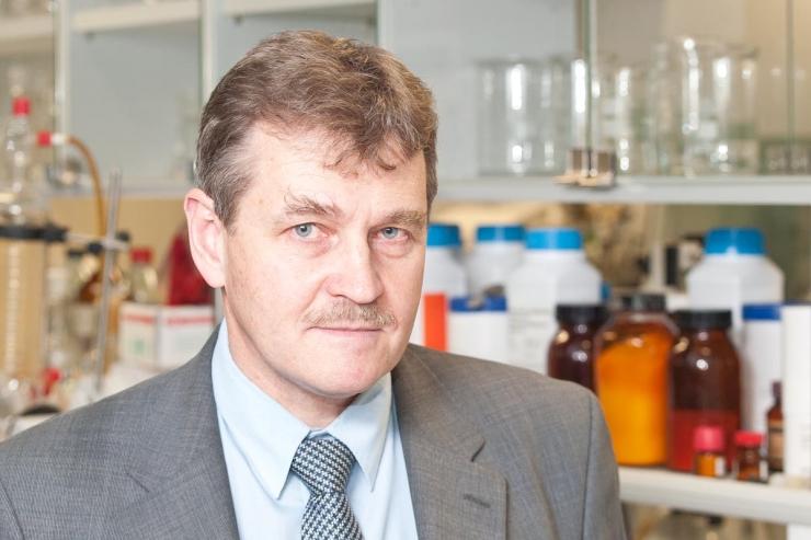 TTÜ keemikud pälvisid Synthesise parima teadusartikli eest tunnustuse