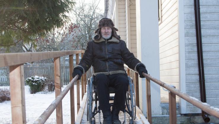 Kodukohandus aitab puudega inimestel pesta ja õue minna