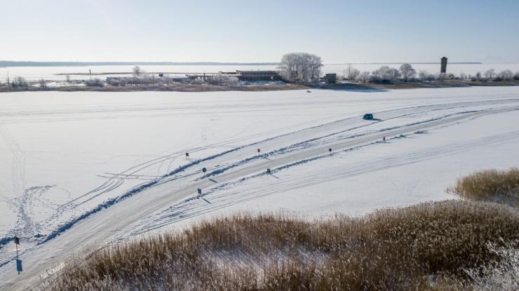 Amet peatas plaanitavate jääteedega ristuva laevaliikluse