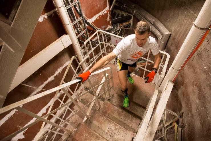 EV100 Trepimaratonil teletornis osaleb 100 jooksjat