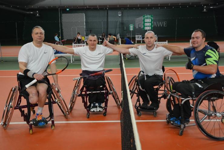 Fotod! Eesti võitis ratastoolitennise rahvusvahelise karikasarja Tallinna etapil kuldmedali