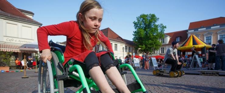 PUUETEGA INIMESTE ESINDAJAD: Ametkonnad ei võta puuetega inimeste õiguste kaitsmist piisavalt tõsiselt