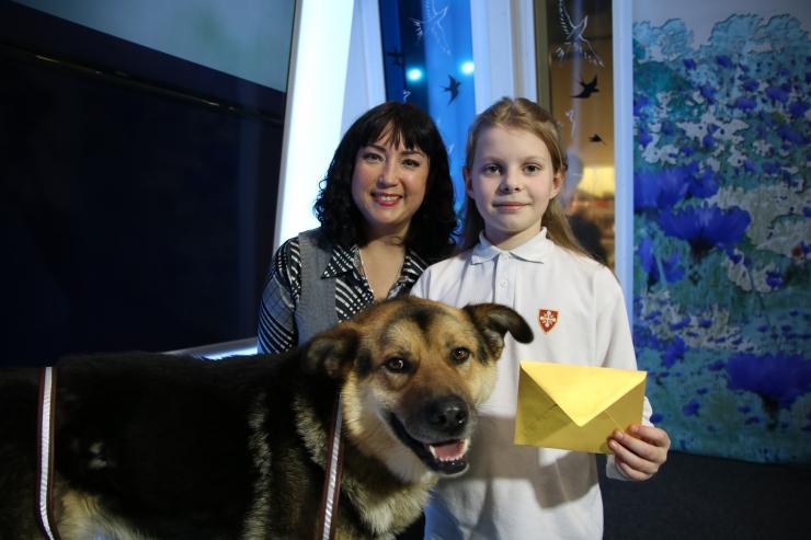 """VIDEO! """"Hästi, Eesti!"""" saates käis 11-aastane Eva-Lotta, kes annetas oma raha loomadele"""