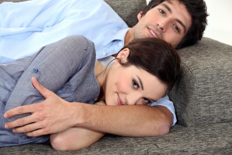 UURING: Kõrgema testosteroonitasemega mehed pühendavad enda püsisuhtele ja partnerile rohkem aega
