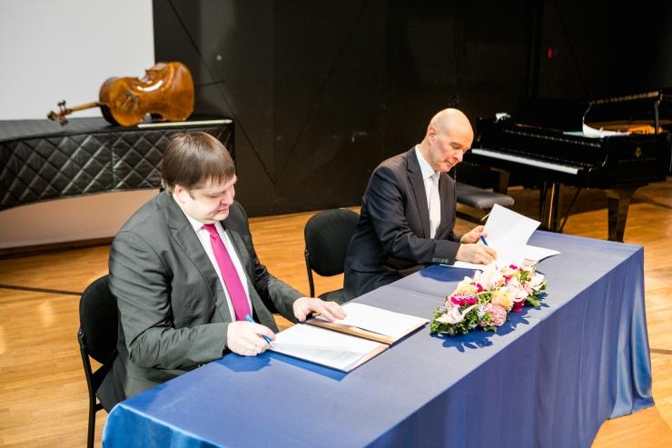 Muusika- ja Teatriakadeemia sõlmis koostöölepingu Venemaa vanima konservatooriumiga