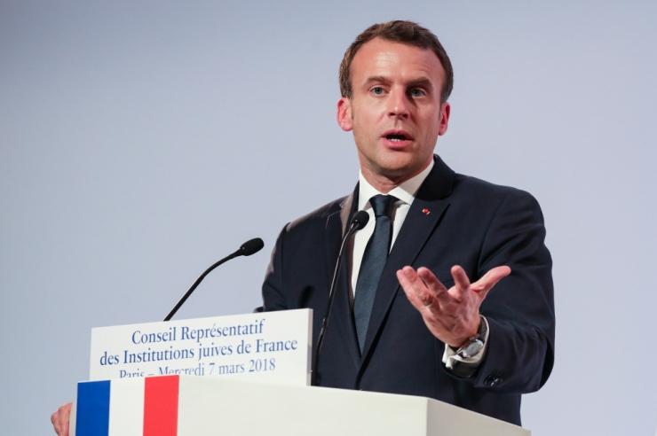 Macron lubas meetmeid vihkamisele õhutava veebisisu vastu