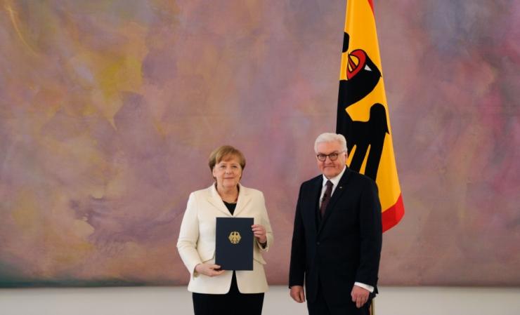 Merkel vannutati neljandaks ametiajaks Saksa liidukantsleriks