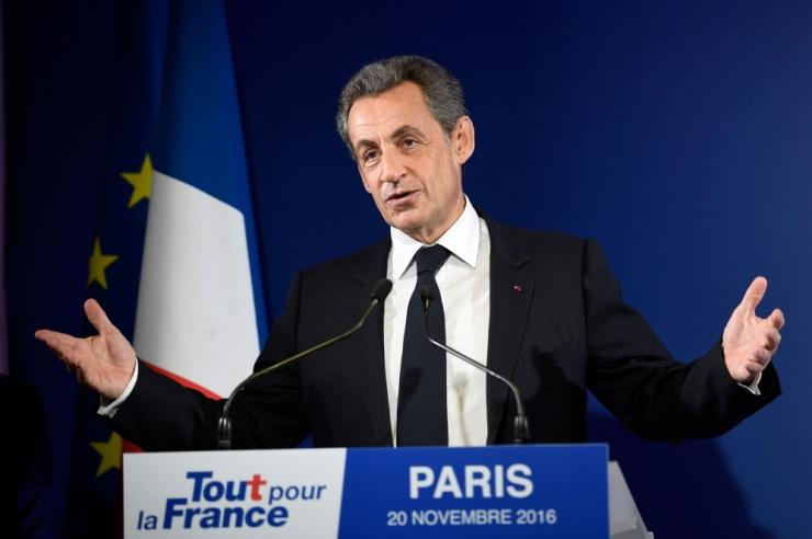 Allikas: Prantsuse ekspresident Sarkozy viidi jõuga ülekuulamisele