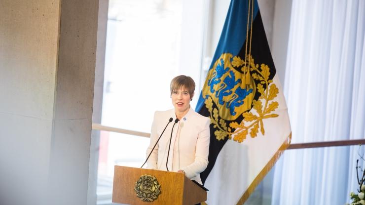 Kaljulaid: Eestis võib igaühest saada keegi, kui ta õpib ja julgeb