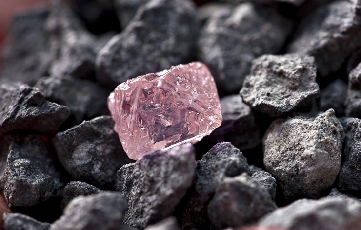 Loe, milline on maailma hinnaliseim kaevandatav maavara!