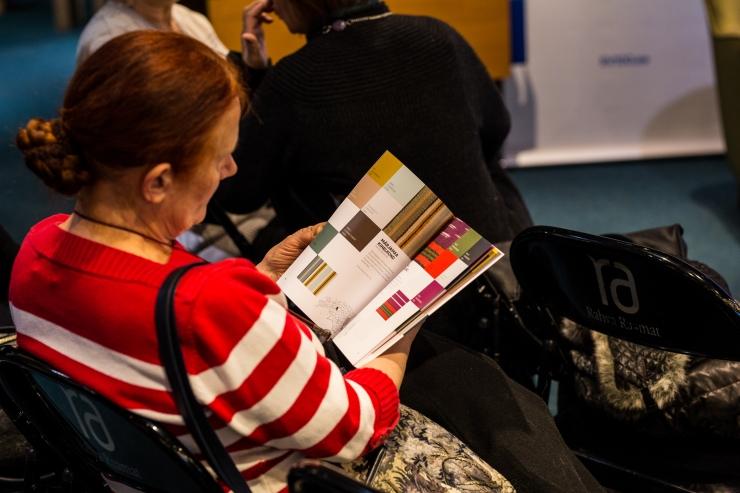 FOTOD! Kihelkonnavärvide raamat aitab taasavastada kodukandi värve