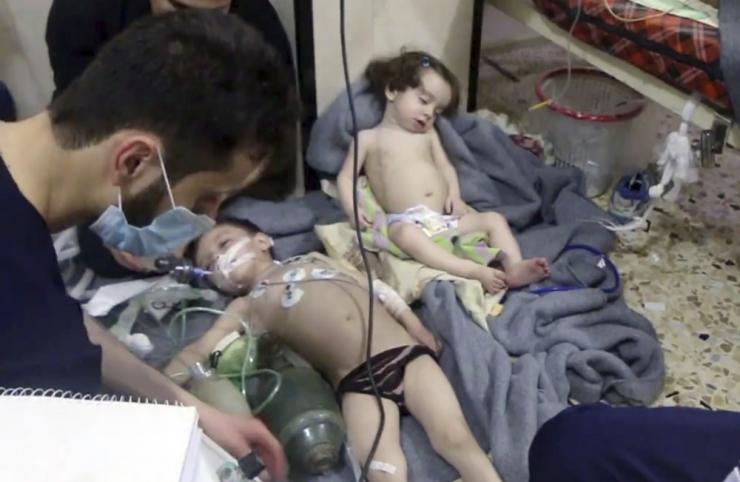 Trump 40 ohvrit nõudnud keemiarünnakust Süürias: Assad on elajas