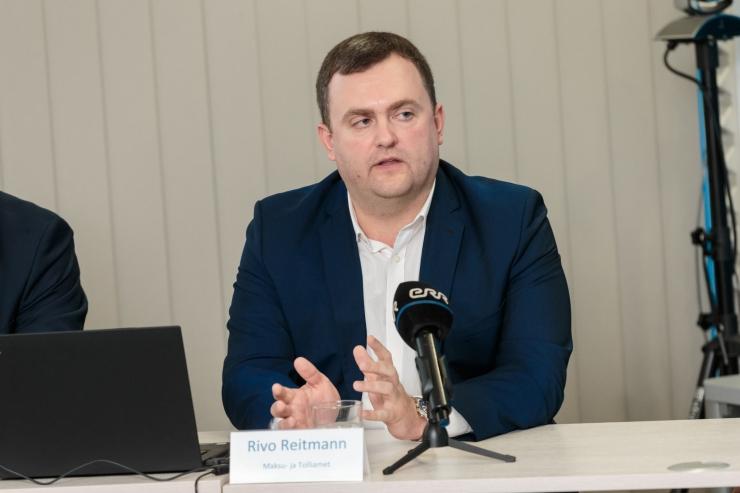 RIVO REITMANN: Tahame ümbrikupalku poole võrra vähendada