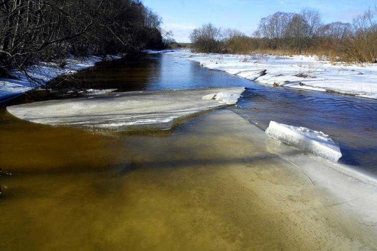 Tallinnas arutatakse väikeste linnajõgede veekvaliteedi parandamist