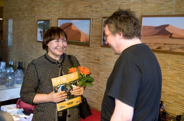 Tallinna Keskraamatukogus kohtub lugejatega Viivi Luik