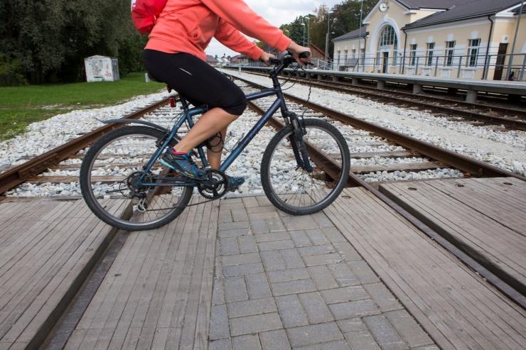 TJA: raudteed ületades tuleb jalgrattalt maha tulla