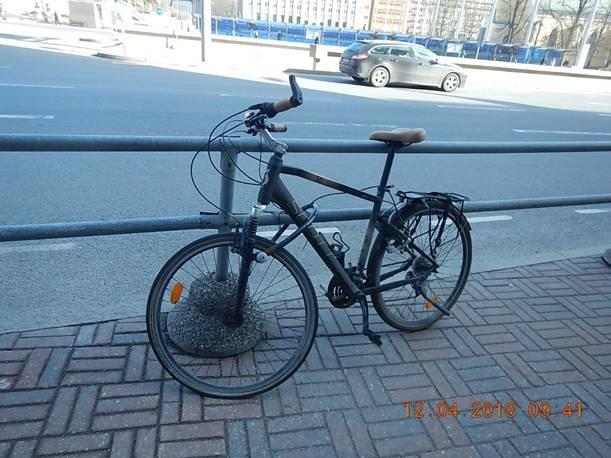 Mupo: truu jalgratas ootab linnavalitsuse ees teist aastat oma peremeest