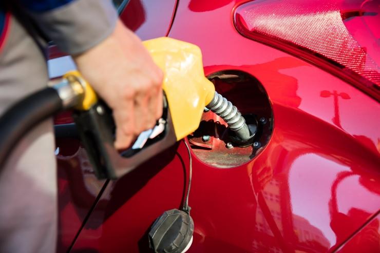 Kütusepetturite jõuk varjas maksukohustust ligi 800 000 euro ulatuses