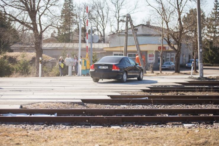 Politsei võtab tähelepanu alla raudteeülesõidud