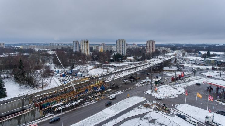 Haabersti ristmiku viaduktil alustati asfalteerimist