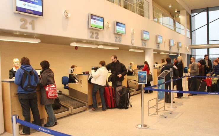 Koolivaheajal on soovitatav aegsasti lennujaama saabuda