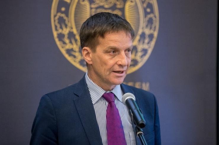 Hansson kiitis tasakaalus ja nominaalses ülejäägis eelarvet