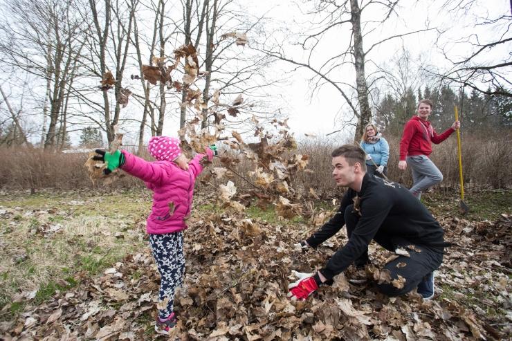"""""""Teeme ära!"""" talgupäeval koristavad Eestit kümned tuhanded inimesed"""