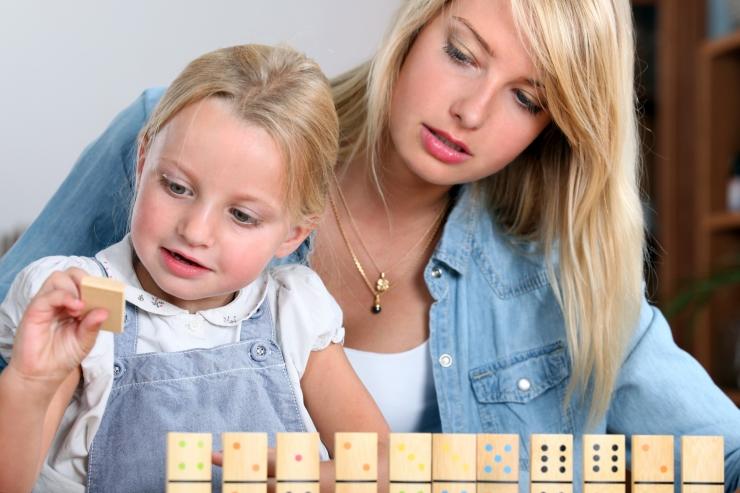 Tallinnas alustavad õpet juba töötavad hooldustöötajad ja lapsehoidjad
