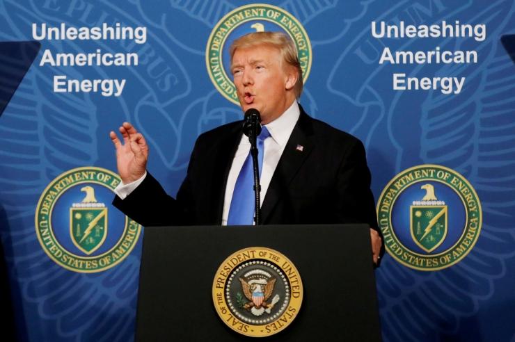 Trump lubas teatada Iraani tuumaleppe otsusest täna