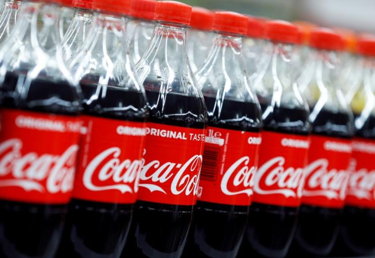 Coca-Cola lõpetab lisatud suhkruga jookide müügi Baltimaade keskkoolides