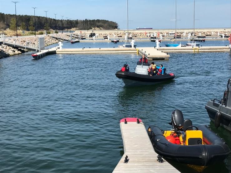 Haabersti linnaosa üldhariduskoolides jätkatakse purjetamistreeningutega