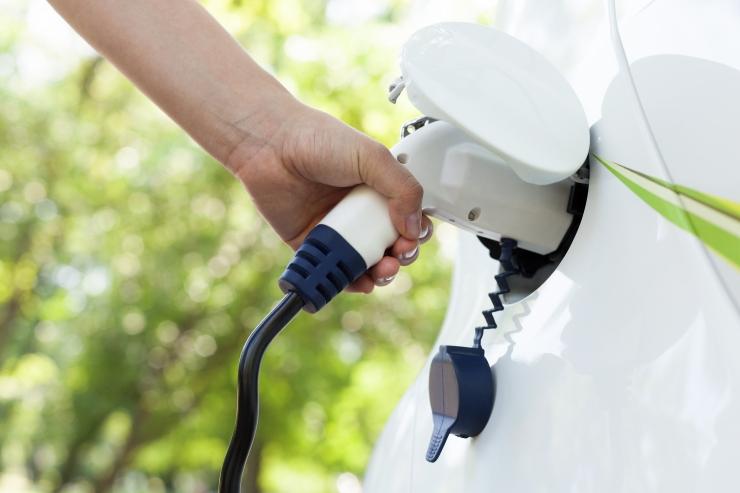 Keskkonnaagentuur: süsinikdioksiidi heidet võiks vähendada automaksuga