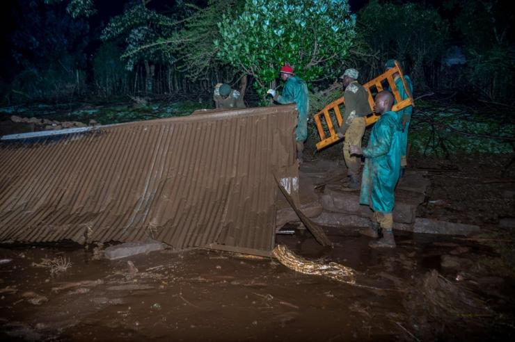 Keenias hukkus tammi purunemise tõttu 20 inimest