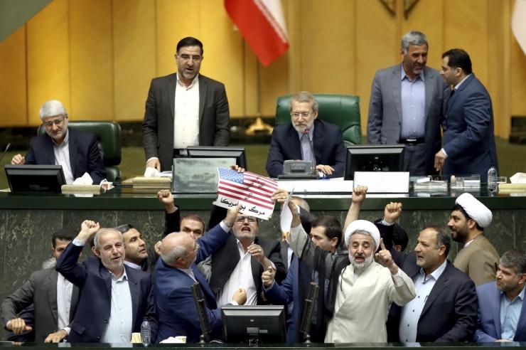 Iraan: Euroopa peab esitama 60 päeva jooksul garantiid tuumaleppe osas