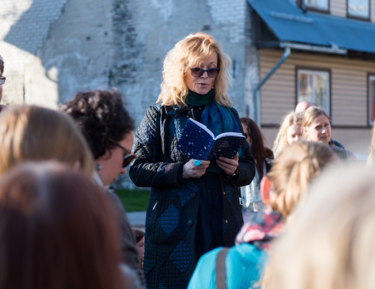 Doris Kareva pani kokku üle 100 autori luule