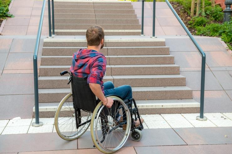 Minister Iva: puue ei tohi takistada ligipääsu