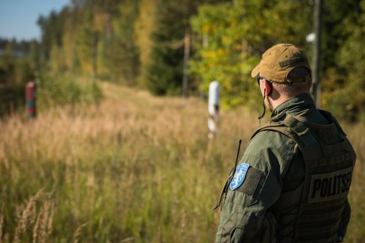 Idapiir tähistati Eesti Vabariigi piiripostidega