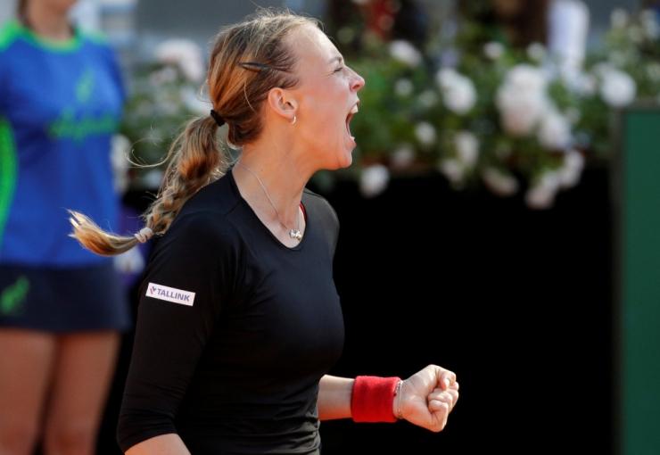Kontaveit alistas Wozniacki ja jõudis Roomas poolfinaali